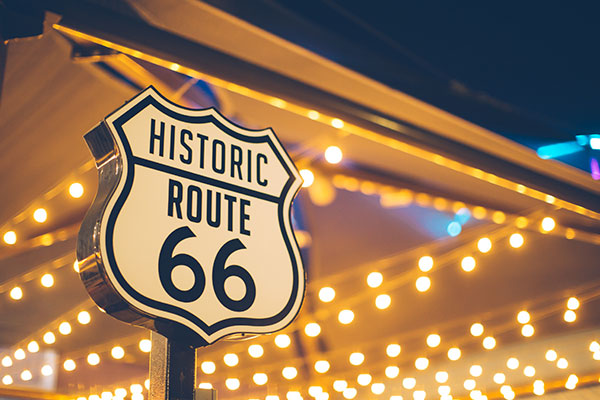 ymg-blog-best-attractions-along-historic-route-66-lights