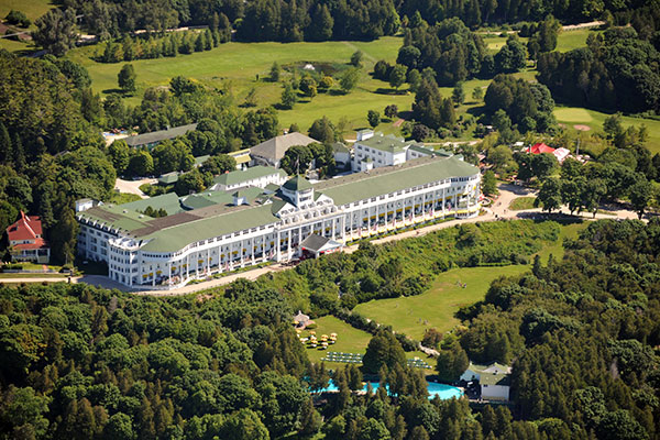 ymt-blog-Grand-Hotel-Mackinac-Island-Things-you-Might-Not-Know