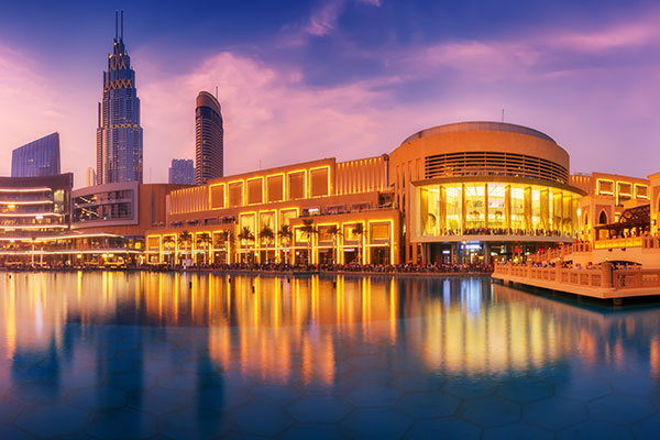 ymt-blog-burj-khalifa-worlds-tallest-building-dubai-mall-with-downtown-post