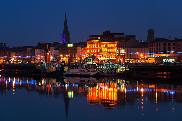 ymt-blog-ultimate-ireland-travel-guide-waterford-ireland-cityscape