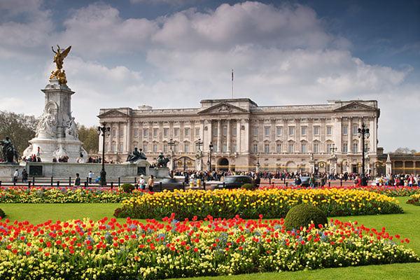 Buckingham-Palace-England