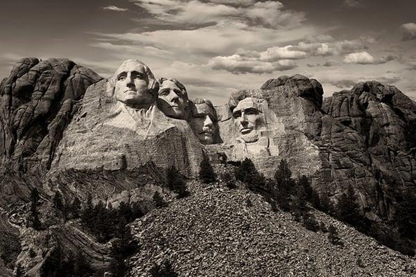 600x400-Mt-Rushmore-by-Daniel