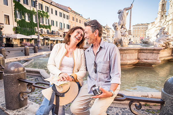 600x400-couple-in-Italy