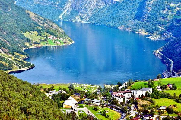 BRCR-Geiranger-Norway-fjord-600x400