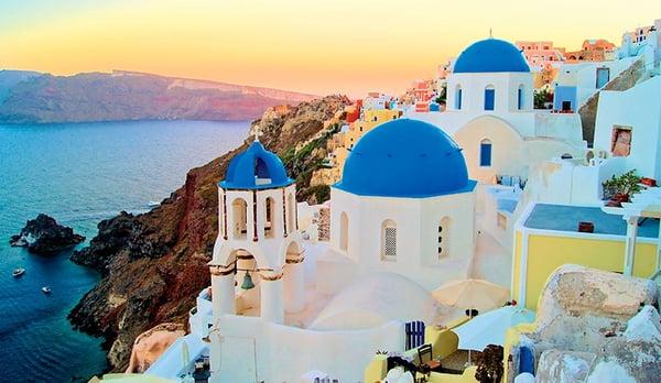 shutterstock_125827007_Santoini_Greece