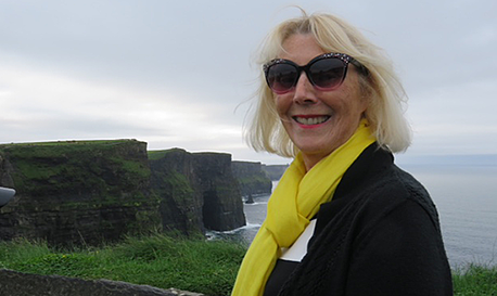 Sightseeing Cliffs of Moher