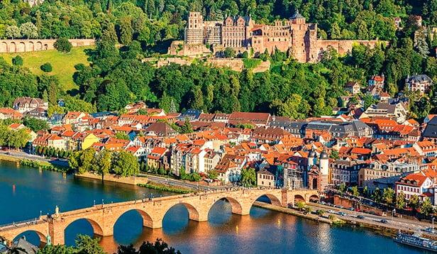 ShStk_153291353_L_Heidelberg_Germany.jpg