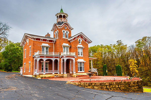 ymt-blog-best-attractions-alon-historic-route-66-historic-galena