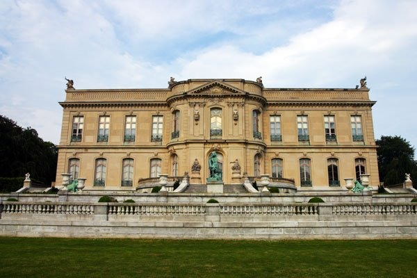ymt-blog-the-best-newport-mansions-elms