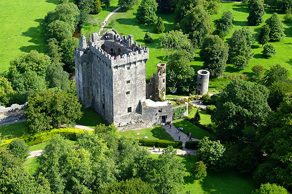 ymt-vacations-blarney-castle