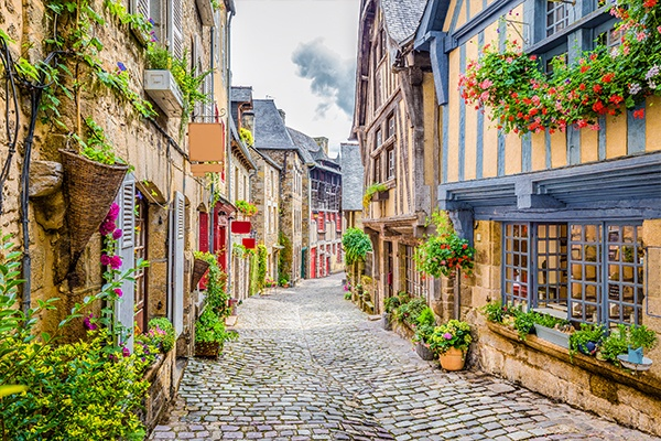 ymt-vacations-europe-spring
