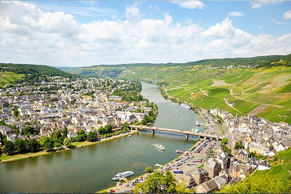 ymt-vacations-european-rivers