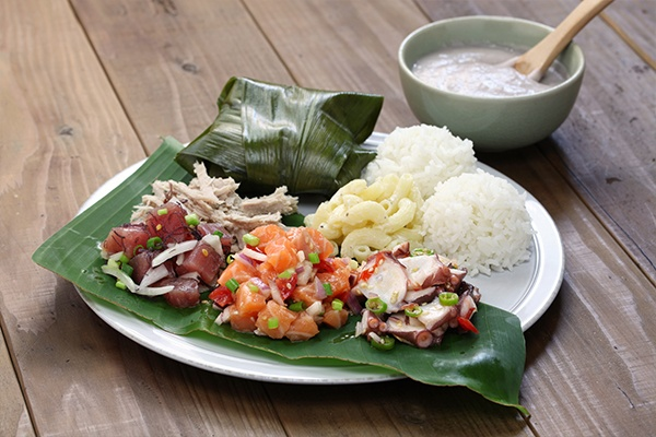 ymt-vacations-hawaiian-foods-must-try