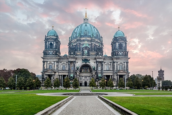 ymt-vacations-places-berlin